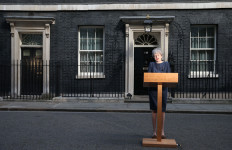 Brexit Makin Rumit, Theresa May Bersiap Mundur - JPNN.com