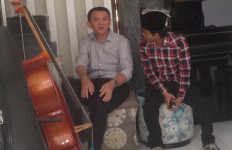 Saat Berpasangan dengan Eko Cahyono, Ahok Kalah Tipis - JPNN.com