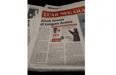 Koran Utusan Malaysia: Ahok Tewas di Tangan Anies - JPNN.com