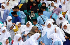 Rp 30 Juta per Madrasah - JPNN.com
