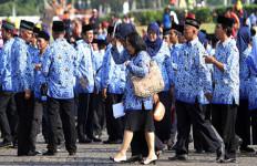5 Berita Terpopuler: Stafsus Presiden Bikin Ribut, Rizal Ramli Murka, TPP PNS Dipotong - JPNN.com