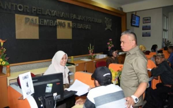 Komisi XI DPR Kunjungi Kantor Pelayanan Pajak Pratama Palembang - JPNN.com
