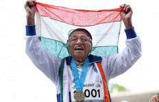 Wuiiihhh! Nenek 101 Tahun Menang Lomba Lari 100 Meter - JPNN.com