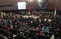 Siapa Jamin Pansel Calon Anggota DPD tak Masuk Angin? - JPNN.com
