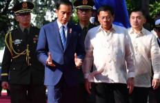 Jokowi-Duterte Resmikan Layanan Ro-Ro Davao-Bitung - JPNN.com