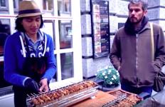 Sate Ayam Bakal Makin Akrab di Lidah Warga Swiss - JPNN.com
