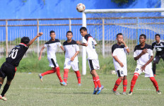 Prestasi Persiba Terpuruk, Suporter pun Sambangi DPRD Balikpapan - JPNN.com