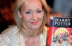 Bicara Soal LGBT, JK Rowling Pilih Mengembalikan Penghargaan HAM yang Pernah Diterimanya - JPNN.com