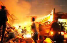 Kebakaran di Jatinegara, Empat Orang Meninggal Dunia - JPNN.com