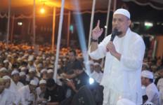 Alhamdulillah, Ustaz Arifin Ilham Sudah Pulang ke Indonesia - JPNN.com