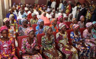 Setelah 3 Tahun, 82 Gadis Bebas, Ditukar dengan Pentolan Boko Haram - JPNN.com