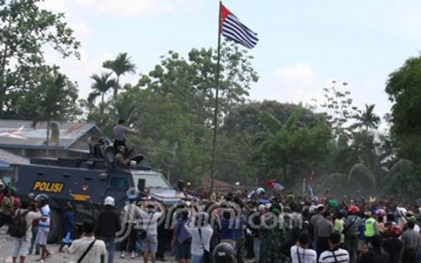ULMWP Bentuk UUD Sementara Papua Merdeka, Simak Pernyataan Benny Wenda - JPNN.com
