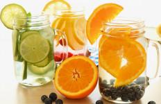 Infused Water Lebih Sehat Daripada Air Minum Biasa? - JPNN.com