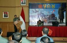 Personel Puspen TNI Ikut Penyuluhan Hukum - JPNN.com