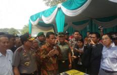 Mentan Gelar Operasi Pasar Bawang Putih di Surabaya, Hasilnya? - JPNN.com