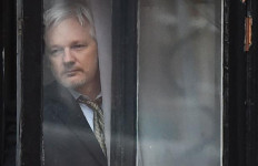 Buron 7 Tahun, Pendiri Wikileaks Dihukum 11 Bulan Penjara - JPNN.com