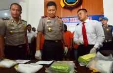 Kurir Bandar Besar Ditangkap, 4 Kg Sabu Disita - JPNN.com