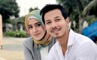 Fairuz A Rafiq Bakal Ungkap Fakta Baru Kasus Ikan Asin - JPNN.com