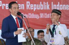 Sebelum Kasih Kuis Berhadiah Sepeda, Pak Jokowi Berpesan... - JPNN.com