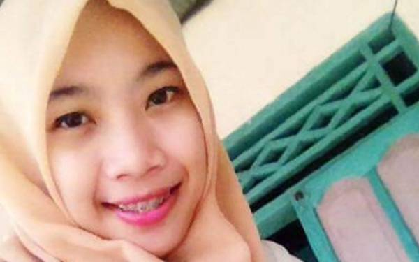 Innalillahi, Gadis Cantik Meninggal di Bus - JPNN.com