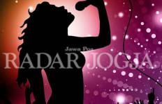 Katanya Karaoke Eksklusif, Ternyata Sedia Striptis - JPNN.com