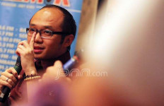 Survei Charta Politika: PDIP Masih Juara, PAN Digusur PSI - JPNN.com