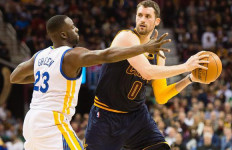 Jelang Final NBA, Kevin Love Ladeni Psywar dari Draymond Green - JPNN.com