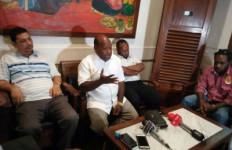 Besok, Amos Gugat Hasil PSU Tolikara ke MK - JPNN.com