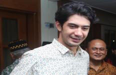 Ultah ke-31, Reza Rahadian Banyak Dapat Kejutan - JPNN.com