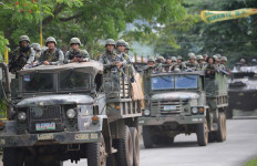 Tentara Filipina Kesulitan Tembus Pertahanan Terakhir Maute - JPNN.com