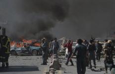 Bom Kabul: 80 Orang Tewas, 350 Terluka, 50 Kendaraan Hancur, 5 Kedubes Panik - JPNN.com