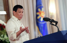 Duterte Larang Siswa ke Sekolah: Jika tak Ada yang Lulus, Biarlah - JPNN.com