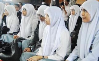 Miliaran Rupiah dari Pemrov Jatim demi SPP Gratis SMAN – SMKN di Malang Raya - JPNN.com