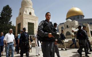 Tentara Israel Datang Dini Hari, Tangkapi Anak Palestina - JPNN.com