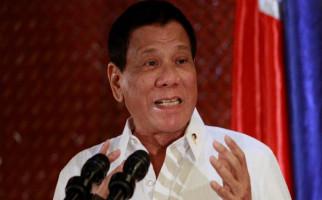 Duterte Cinta Tiongkok, Ogah Berteman dengan Timur Tengah - JPNN.com
