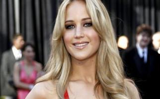 Jennifer Lawrence Gelar Pesta Pertunangan - JPNN.com