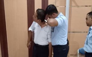 Peserta Tes CPNS Jalani Pemeriksaan Tato dan Tindik - JPNN.com