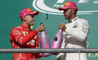 Lewis Hamilton Tidak Bakal Berseragam Ferrari - JPNN.com