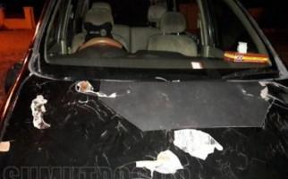 Bandar Narkoba Diciduk, Mobil Polisi Dirusak Ratusan Warga - JPNN.com