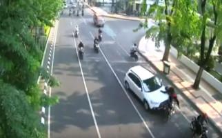 Dua Jam Kecelakaan di Darmo, Langsung Muncul Hoaks - JPNN.com