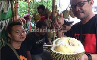 Musim Durian Tiba, Markonah Memang Luar Biasa - JPNN.com