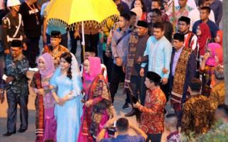 Kusir Sado Bangga Ramaikan Pernikahan Kahiyang - JPNN.com