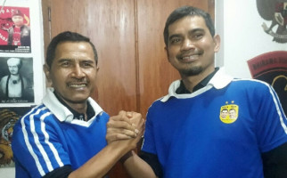 Striker Legendaris Persib Gagal Jadi Peserta Pilkada Bandung - JPNN.com