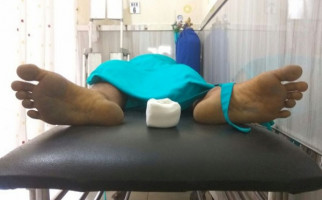 Mayat di Tengah Jalan, Muka Penuh Luka - JPNN.com