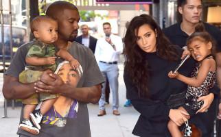 Anak Ketiga Kim Kardashian Bakal Lahir dari Rahim Pinjaman - JPNN.com