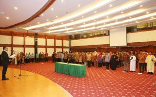 Lantik 131 Pejabat Kemnaker, Ini Pesan Khusus Menteri Hanif - JPNN.com