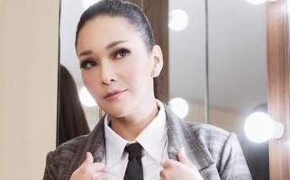 Karyawan Positif Covid-19, Maia Estianty Langsung Tes Swab, Begini Hasilnya... - JPNN.com