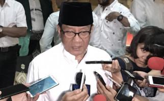 Akbar Tanjung Sepakat dengan DPP Soal Waktu Pelaksanaan Munas Golkar - JPNN.com