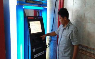 Kartu ATM Tertelan, Rp 35 Juta Melayang - JPNN.com