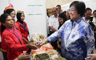 Menteri Siti: Jangan Dikira Pemerintah Tak Bekerja - JPNN.com